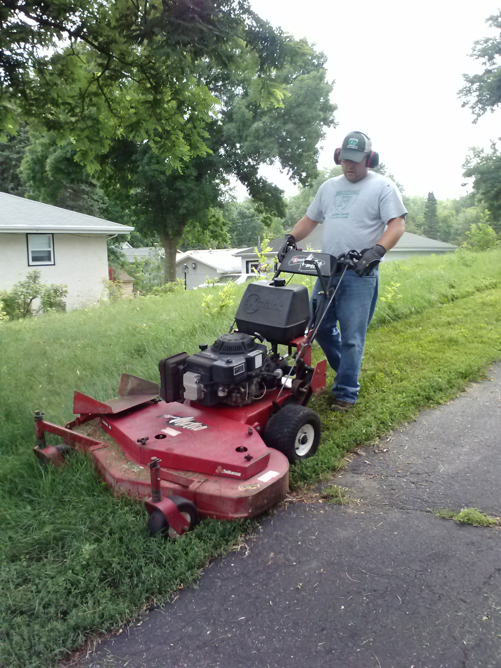 Lawn Mowing Columbia Heights Mn Fj Lawn Care
